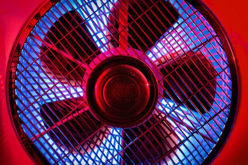 Ventilator,groß, rot-blau