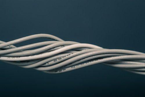 gedrehte Elektrokabel